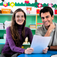 3 Ways to Effectively Communicate With Your Child's Teacher