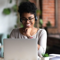 5 Educational Podcasts Every College Student Should Be Listening To