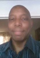 A photo of Alan, a tutor from Guilford College