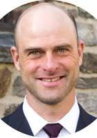 A photo of Erik, a tutor from University of Arizona
