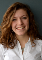 A photo of Laura Lee, a tutor from Roanoke College