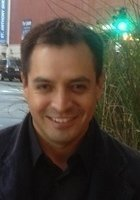 A photo of Julio, a tutor in Miami, FL