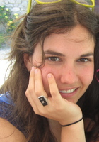 A photo of Hannah, a tutor from Middlebury College