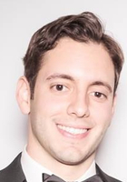 A photo of Ezra, a tutor from CUNY Hunter College