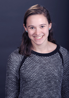 A photo of Claire, a tutor from Colby College