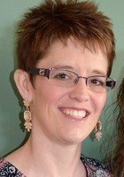 A photo of Erika, a tutor in West Dodge Addition, NE