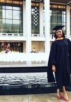 A photo of Ashley, a tutor from Syracuse University
