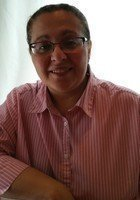 A photo of Mimi, a tutor from Bryant University