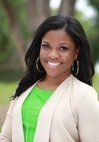A photo of Shayna, a GMAT prep tutor in Boca Raton, FL