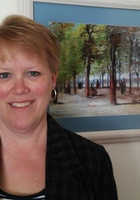 A photo of Karen, a tutor from Augsburg College