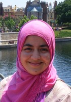 A photo of Asmaa, a French tutor in Doral, FL