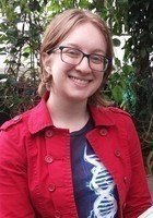 A photo of Izzie, a tutor from Tufts University