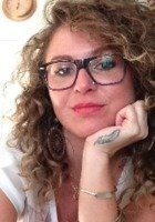 A photo of Elizabeth Eva, a tutor from University of Utah