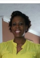A photo of Gina, a tutor from Bowie State University