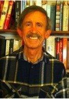A photo of Arlen, a tutor from California State University-Northridge