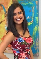 A photo of Nisha, a tutor from Loyola University-Chicago