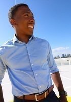 A photo of Darnell, a tutor from Towson University
