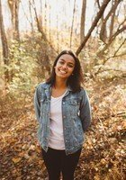 A photo of Saparja, a tutor from Vassar College