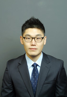 A photo of Michael, a tutor from Northwestern University