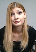A photo of Stephanie, a tutor from Loyola University-Chicago