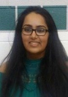 A photo of Riya, a tutor from University of Illinois at Chicago