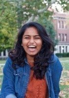 A photo of Reshma, a tutor from Knox College