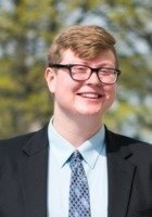 A photo of Kyle, a tutor from Case Western Reserve University